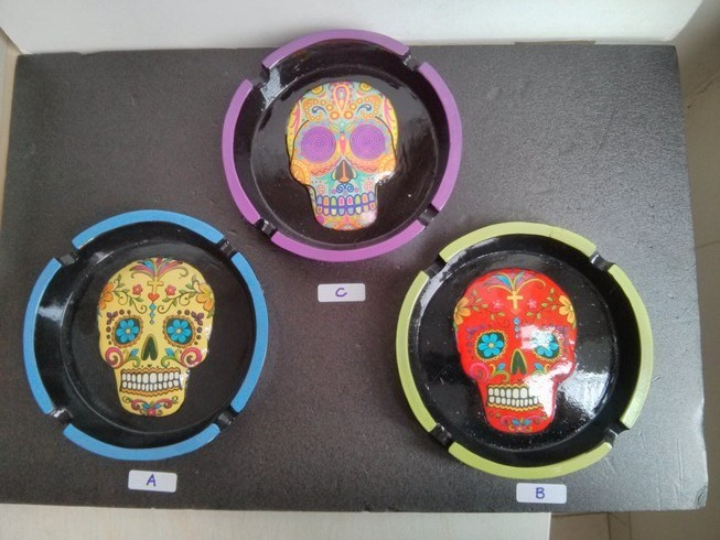 Poly Stone Day of the Dead Skull Ashtray (LT145)